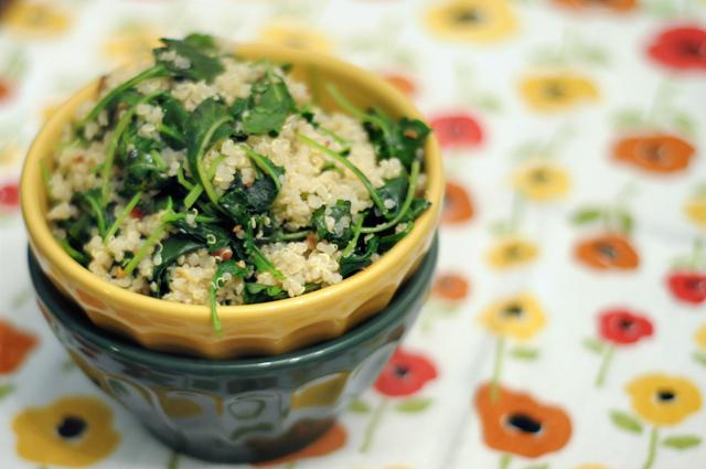 Garlicky Quinoa & Baby Kale   Heather's Dish