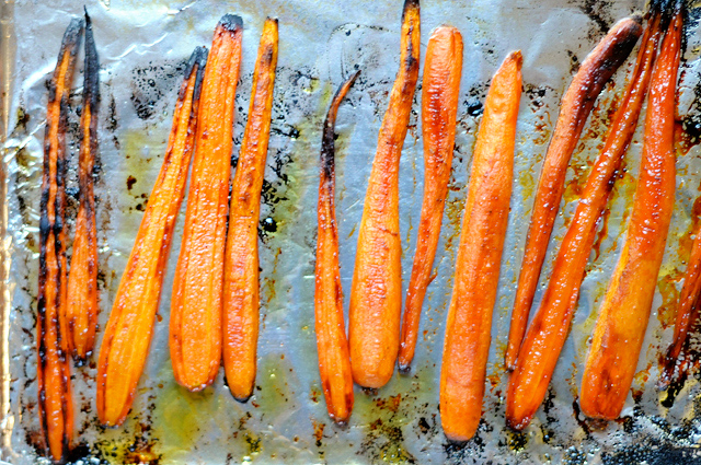 Honey Balsamic Roasted Carrots from @HeathersDish