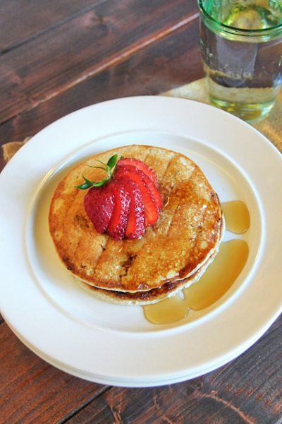3-Ingredient Healthy Protein Pancakes