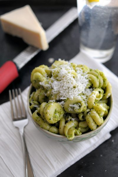 Garlicky Sweet Pea Pesto